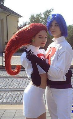 Team Rocket's and Pikachu Halloween Costume, Diy Halloween Costumes, Cool Costumes, Halloween Ideas, Costume Ideas, Halloween 2016, Halloween Stuff, Halloween Party, Team Rocket Costume