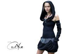 ♥das schwarze♥ kapuzenkleid ballonrock mit taschen von RotYve auf DaWanda.com