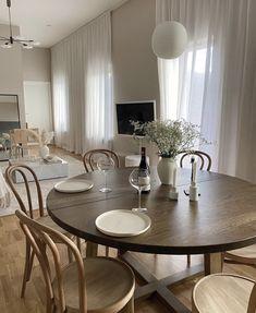 Living Room Decor, Living Spaces, Home Nyc, Interior Architecture, Interior Design, Beautiful Home Designs, Dream House Interior, Scandinavian Home, Room Inspiration