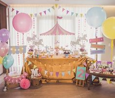 Dumbo Birthday Party, Carousel Birthday Parties, Carousel Party, Carnival Themed Party, Circus Birthday, First Birthday Parties, Birthday Party Decorations, First Birthdays, Vintage Circus Party