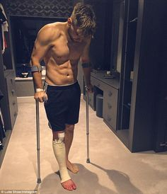 Luke Shaw shared a picture on Instagram of him putting weight on the leg he broke in two places