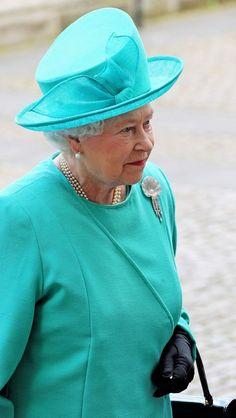 Queen Elizabeth looking pretty   overseas adventure travel http://adventuretravels.hubpages.com/hub/adventure-travel-shop