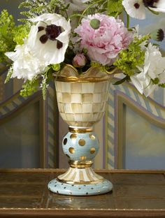 Meet the new Parchment Check Stately Vase! A perfect centerpiece.