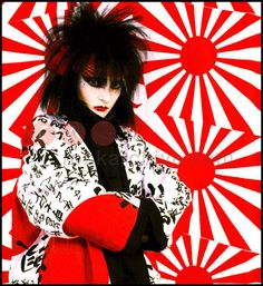 #Siouxsiesioux Photographed for the Face Magazine.   'I may have just been to #Japan or perhaps it was the clothes, and of course her make-up was Kabu...