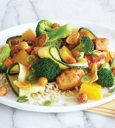 Orange Chicken Stir-Fry with Crispy Garlic Dressing | Clean Eating