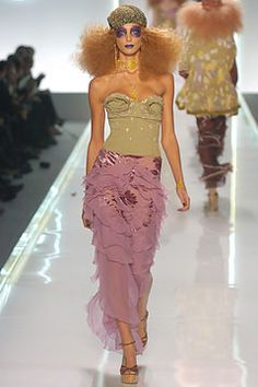 Christian Dior Spring 2005 Ready-to-Wear Collection Slideshow on Style.com