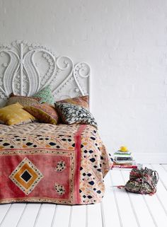 Kantha quilt and painted vintage wicker headboard. Bohemian House, Bohemian Decor, Bohemian Style, Bohemian Bedrooms, White Bohemian, Bohemian Living, Deco Ethnic Chic, Boho Chic, Peacock Bedding