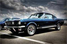 Ford Mustang GT in Nightmist Blue