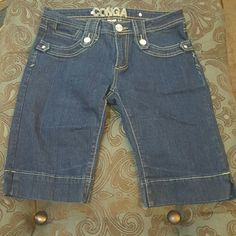 Denim shorts Like new. 5 pockets. Silver button detail. Conga Shorts Jean Shorts