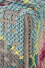Pouf imbottito in lana FLOWERS | Pouf - GAN By Gandia Blasco