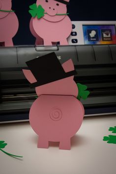 Bastelvorlage zu Sylvester: Glücksschweinchen
