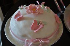 A Pretty little cake.