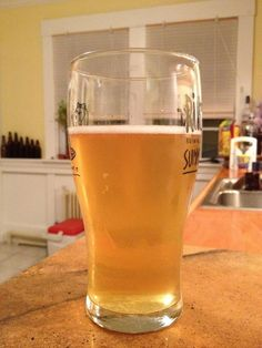 Thai Wheat Beer, with ginger, kafir lime and lemongrass – Brewing Equipment Brewing Recipes, Homebrew Recipes, Beer Recipes, All Beer, Wine And Beer, Lemongrass Recipes, Homemade Beer, Wheat Beer, Home Brewing Beer