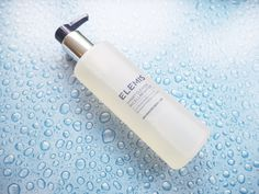 I've been using micellar waters for years now – like many, I started my journey with BioDerma Crealine, tipped off by make-up artists who bought from France by the bucket… Cleanser, Moisturizer, Beauty Tips, Beauty Hacks, Cleansing Water, Micellar Water, Instagram Ideas, Ageing, Health And Wellbeing