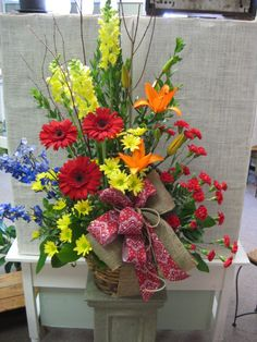 Funeral basket for a cowboy. #funeralflowers