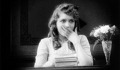 """100 years ago Mary Pickford became one of the earliest movie stars in cinema (""""America's Sweetheart""""). She would co-found United Artists w/ Charlie Chaplin and contributed to the creation of Academy of Motion Picture Arts and Sciences (Oscar Awards) 1917 Giggle Gif, Divas, Best Pick Up Lines, Poor Little Rich Girl, Crushing On Someone, Movie Black, Mary Pickford, Teacher Humor, Teacher Stuff"""