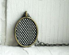 Checkered necklace