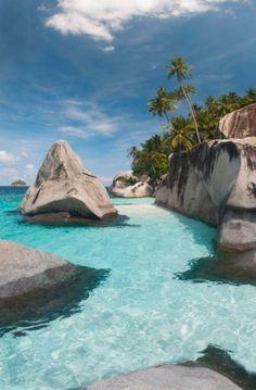 pulau dayang beach, malaysia