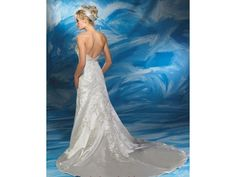 Allure Bridals: buy this dress for a fraction of the salon price on PreOwnedWeddingDresses.com