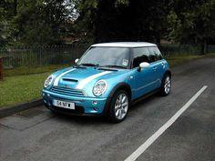 2002 R53 MINI Cooper S Electric blue/white