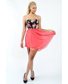 Tube fit-and-flare dress with floral printed top and flowy soft chiffon swing skirt bottom.  Soft lining under the skirt.   Content: 100% Polyester Package of 3 pieces: 1S, 1M, 1L per color only. Made in USA   - See more at: http://enewwholesale.com/md-60w038-2clr.html#sthash.nxd7LxEX.dpuf