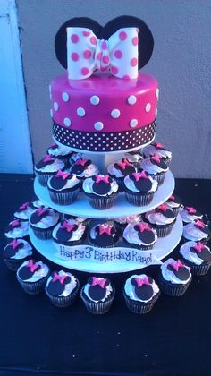 minnie mouse cupcake tower