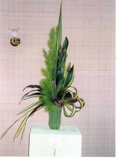 all foliage flower arrangements - Google Search #beautifulflowersarrangements