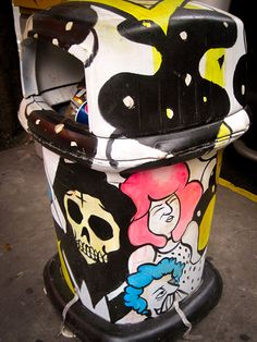 Trash Can Art | Visit full post: http://caracasshots.blogspot.com/2013/11/trash-can-art.html #Caracas #StreetArt