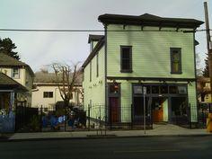 Oblique Coffee Roasters.     Portland.