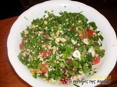 Ταμπουλέ (Λιβανέζικη σαλάτα) #sintagespareas Yummy Mummy, Salad Bar, Recipe Images, Appetisers, Greek Recipes, Seaweed Salad, Palak Paneer, Better Life, Feta