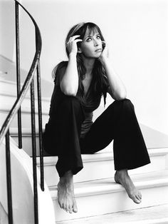 French actress Sophie Marceau, love her style - ❥-Mari Marxuach Parrilla Sophie Marceau, Julia Roberts, Romy Schneider, Marylin Monroe, Street Mode, Audrey Hepburn, Beautiful People, Beautiful Women, Meg Ryan