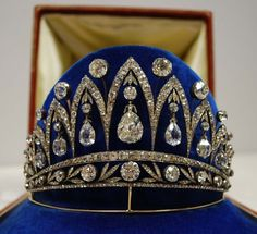 1890.   The Empress Joséphine diamond tiara by Fabergé, so called because the teardrop diamonds were once the property of Joséphine, having been given to her by Emperor Alexander I of Russia after her divorce from Napoléon.