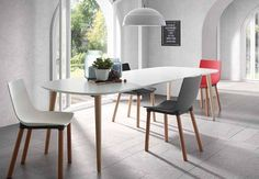 Discover modern extendable dining table, made of the best quality material, on Viadurini. Extendable dining table to furnish your living room with modern style. White Dining Table, Wooden Dining Tables, Modern Dining Table, Extendable Dining Table, Dining Chairs, New Kitchen, Kitchen Dining, Kitchen Decor, Modern Kitchens