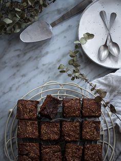 brownie de tahina Brownies, Chocolate, Desserts, Food, Pastries, Tarts, Tailgate Desserts, Deserts, Schokolade