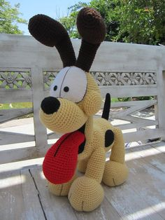 Crocheted Odie! by ~aphid777 on deviantART.