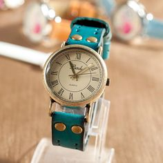 Leather Women Watch, Leather Watch for Women, Women Watches Leather, Anqitue Women Watches, Retro Watch HZWA017
