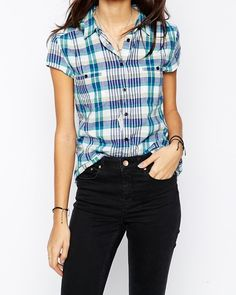 #StoresLikeBoohoo,tight black #jeans with short shirts a new trend for #college going girls. #99Storeslike.