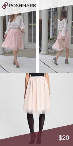 "M Blush Pink Tulle Midi Skirt Layered Xhliaration Target size Medium Blush Pastel Pink Layered Midi Length Tulle Skirt Excellent used condition. No holes, stains, snagging, discoloration, or odors.  Fully lined with stretch polyester. Measurements Waist: 28""-38"" Length: 24 1/2"" Fabric Content 100% Polyester LH Xhilaration Skirts Midi"