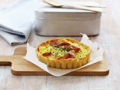 Pølsepai - MatPrat Quiche Lorraine, I Want To Eat, Frisk, Pavlova, Apple Pie, Macaroni And Cheese, Sausage, Muffin, Cooking