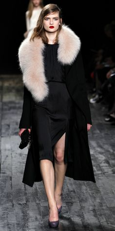 Nina Ricci: side part, deep red lips & fur #style #fashion