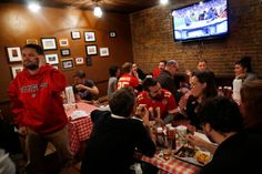 Just for Chiefs Fans, a Welcome Taste of Kansas City in Queens - NYTimes.com