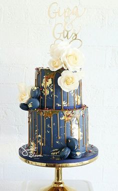 Navy, gold and salted caramel drip cake (Baking Sweet Buttercream Frosting)