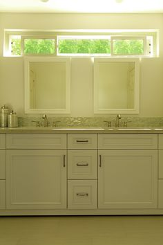 Transitional White bathroom with shaker cabinets By Westside Remodeling Transitional Bathroom Design, Decor, Inspiration, Remodel, Dream Decor, Latest Interior Design, Home Decor, Shaker Cabinets, White Bathroom