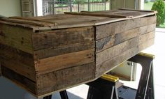 how-to: toe pincher coffin from pallet wood~must make a few more of these for various scenes
