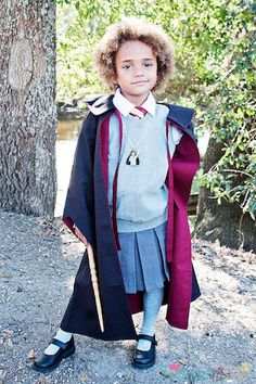 This Hermione costume is perfect for a chillier Halloween! #DIY