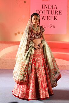 Anju Modi - Amazon ICW 2015 - Fav Look 4 - ornate, OTT yet somehow regal and gorgeous!