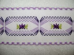 Discover thousands of images about Vagonité Swedish Embroidery, Types Of Embroidery, Embroidery Patterns, Knitting Patterns, Crochet Patterns, Cross Stitching, Cross Stitch Embroidery, Hand Embroidery, Cross Stitch Patterns