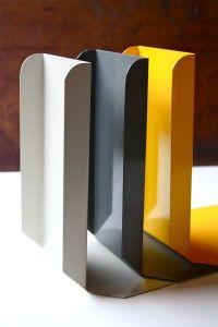 steel bookends Product Ideas, Product Design, Modern Desk Accessories, Shelf Design, Dorm Ideas, Wall Cladding, Sheet Metal, Organization Ideas, Bookshelves
