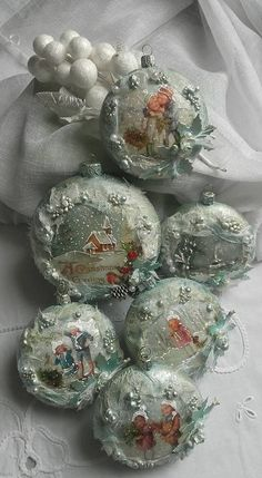 Diy Christbaumschmuck, Xmas Crafts, Christmas Decoupage, Quilted Ornaments, Or … – christmasornaments. Victorian Christmas Ornaments, Diy Christmas Ornaments, Holiday Ornaments, Christmas Art, Handmade Christmas, Christmas Tree Decorations, Christmas Night, Christmas Design, Quilted Ornaments