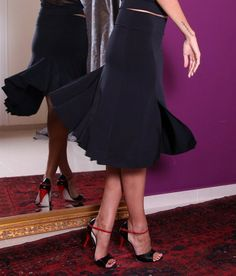 Tango Perfect!! http://www.condiva.com/products/1650/condiva-skirts #skirt #pretty #tango #tangodance #dance #danceclothes #retro #fitted #flared #milonga #milonguera #condiva #tanguera #argentinetango #handmade #unique #conDiva